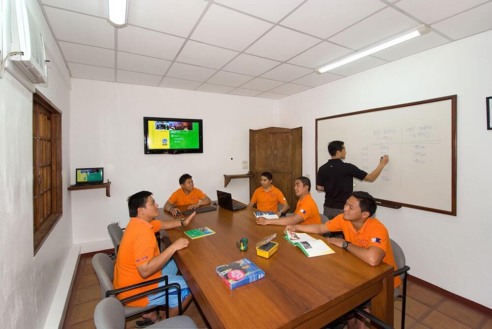 PG Classroom 01