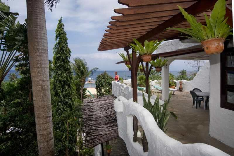 puerto galera chatrooms Rooms, amenities & rates relax and let us provide you with comfortable rooms to stay with the following choices of accommodation in puerto galera.