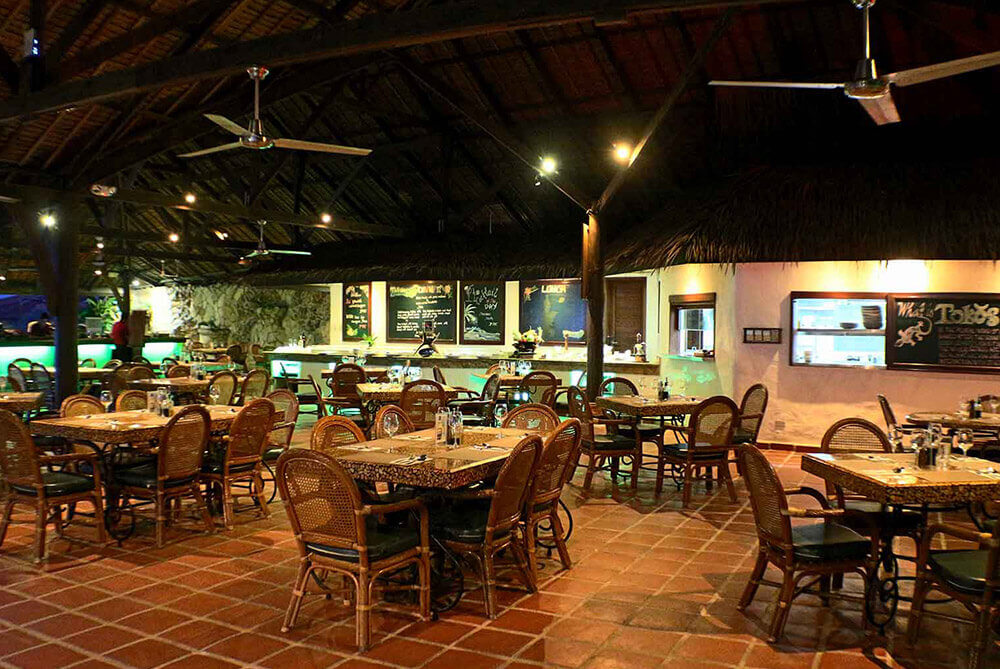 Atlantis-tokos-restaurant-1