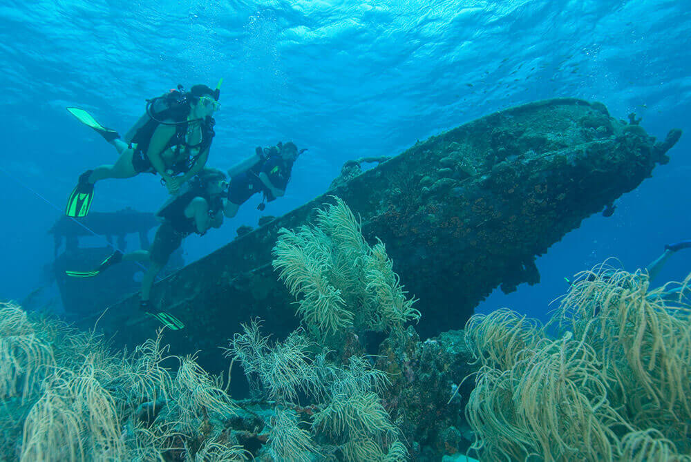 atlantis wrecked diving
