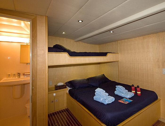 Py-atlantis-azores-room